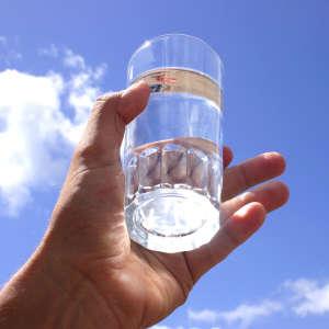 Очищение кишечника при помощи соленой воды