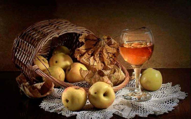 Яблочный сок – полезное с приятным