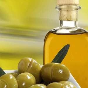 Чистка оливковым маслом